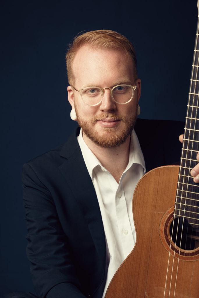 Guitarist Michael Ibsen